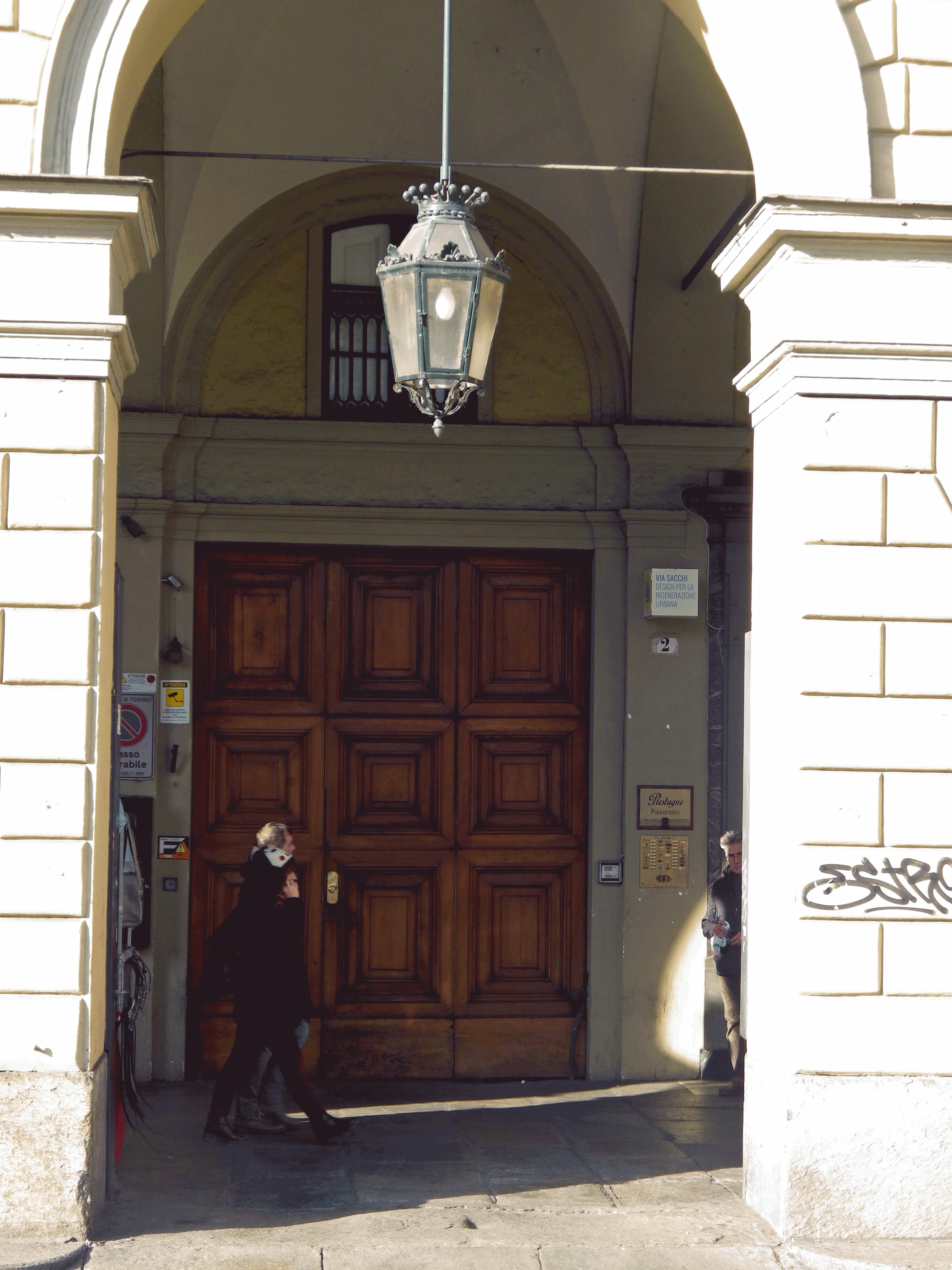 Ingresso Via sacchi 2, Torino