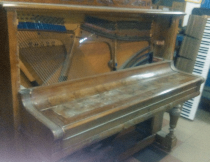 Pianoforte alluvionato Restaurato