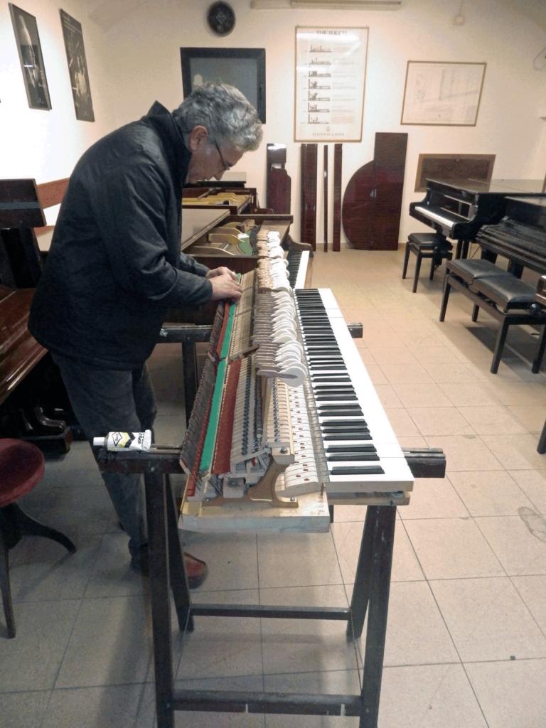 Restauro e riparazione pianoforti Torino